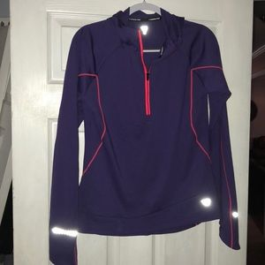 Woman's Runners point purple running shirt